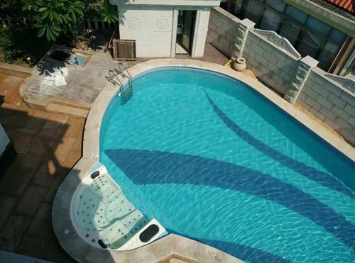 广州增城碧桂园凤凰城私家别墅泳池工程