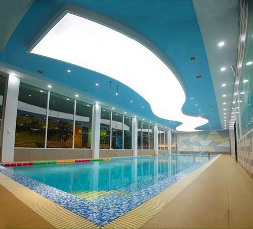 云南昆明官渡区苏格贝尔亲子游泳馆恒温泳池工程