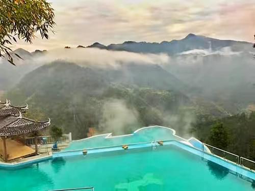 湖南怀化溆浦雪峰山枫香瑶寨景区恒温泳池工程