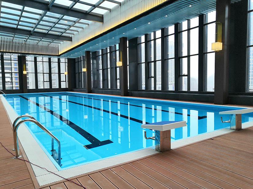 贵州安顺铂瑞兹酒店钢结构恒温泳池工程